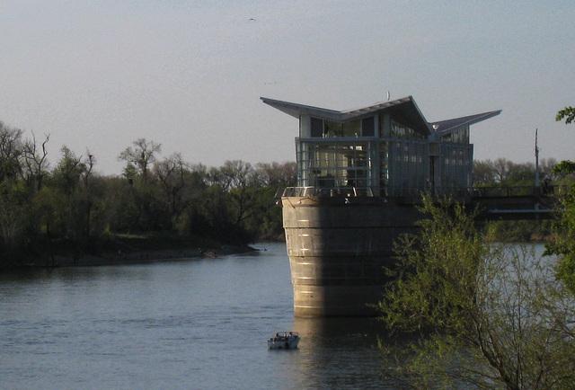 Sacramento River Water intake (0901)