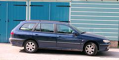 Something blue: Peugeot 406 break