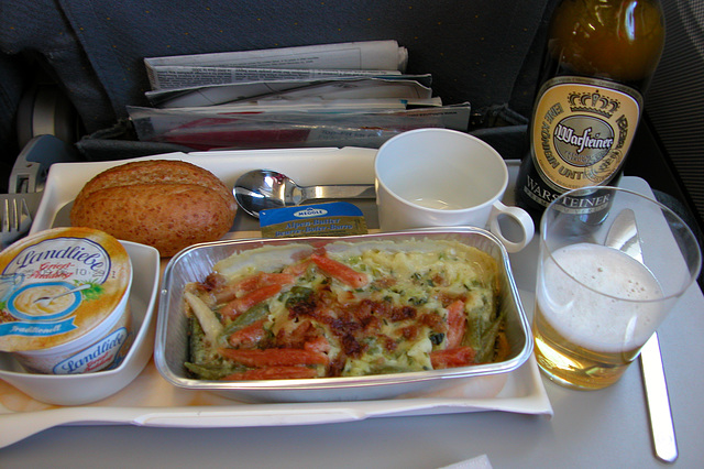 Meals on a plane: second meal, more noodles