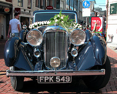 Lagonda on wedding duty