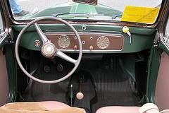 National Oldtimer Day in Holland: 1954 Fiat 500 C Topolino dashboard