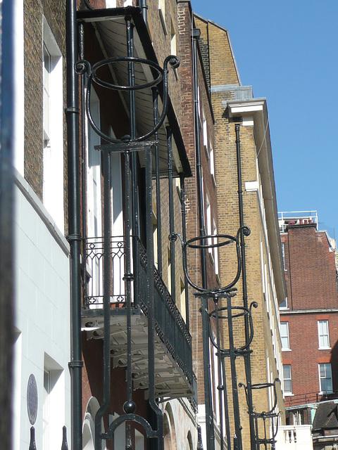 queen anne's gate, london