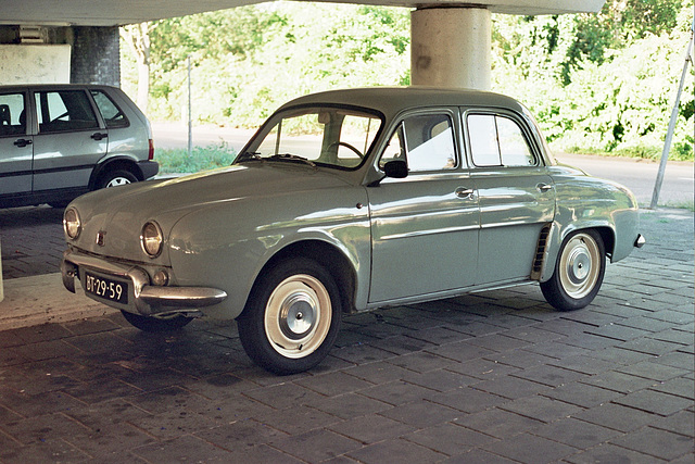 1960 Renault Dauphine R1090