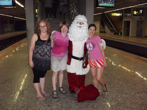 Santa Takes the Metro