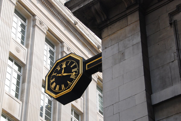 Clock, St Mary Woolnoth