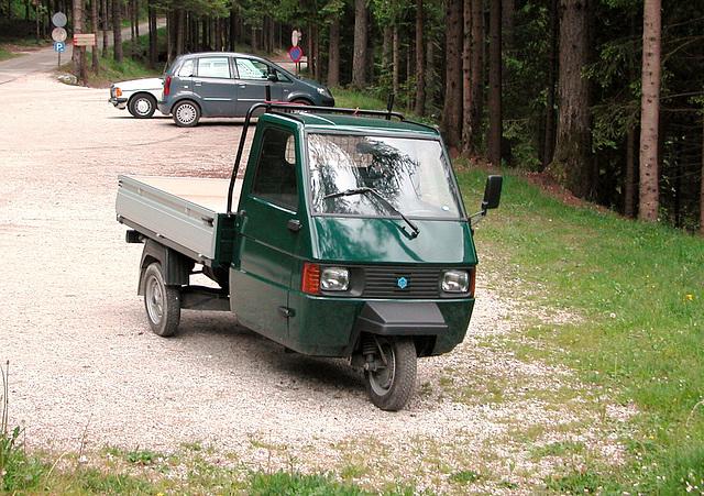 Holiday day 4: popular Italian tricycle: Piaggio Ape TM
