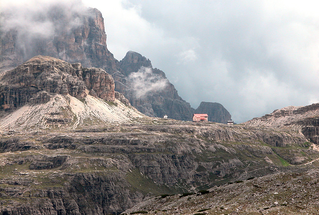 Holiday day 5: Walk around the Tre Cime (Drei Zinnen): Tre Cime hut