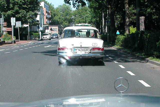 On the road in Germany: Mercedes-Benz 220 SE