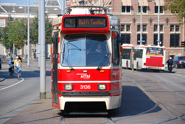 """The """"new"""" tram of The Hague"""