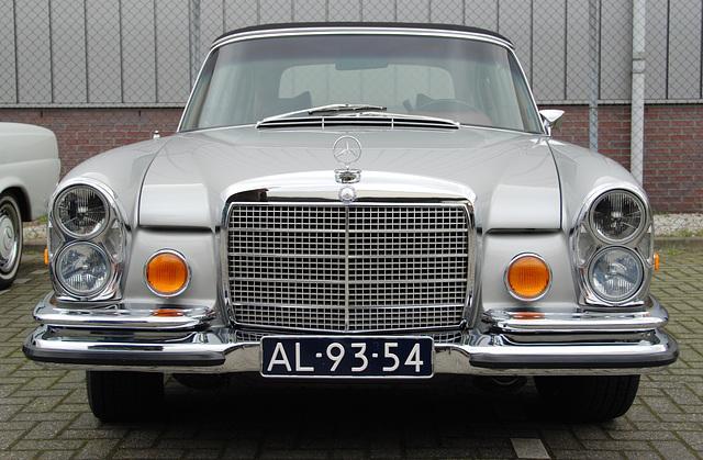 Autumn Mercedes Meeting – S-class: 1970 Mercedes-Benz 280 SE