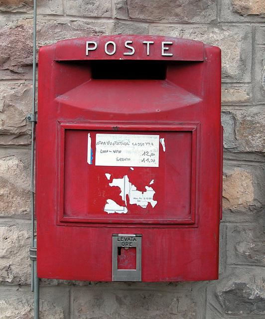 Holiday day 4: Italian post box