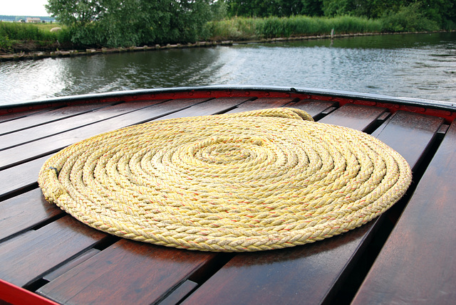 A trip with the steam tug Adelaar: rope on the stern