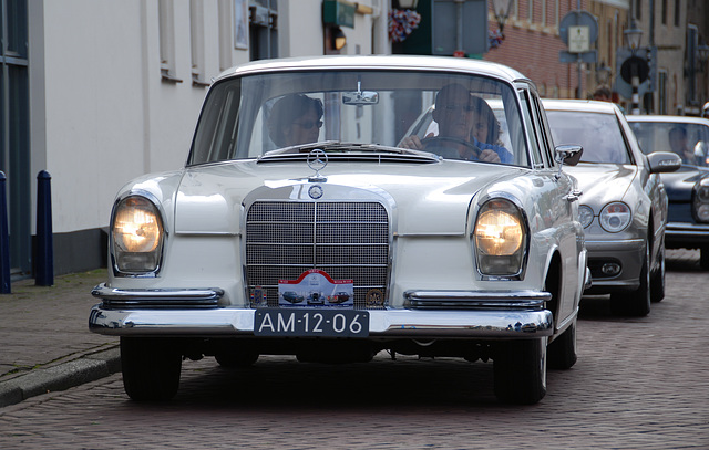 Autumn Mercedes meeting – Heckflossen: 1963 Mercedes-Benz 220