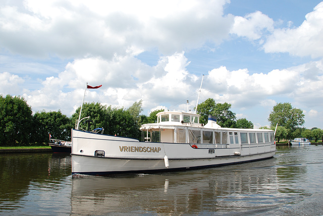 A trip with the steam tug Adelaar: the Vriendschap (Friendship)