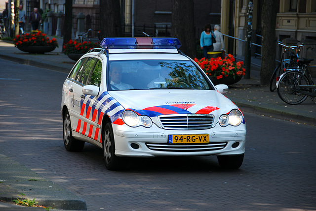 Some car spots: Police Mercedes of The Hague