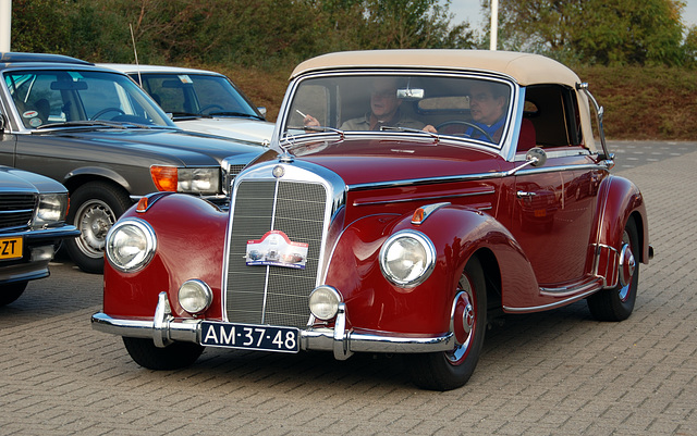 Mercedes Meeting: 1952 Mercedes-Benz 220 Cabriolet