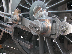 Steam Festival in Simpelveld (Limburg): emergency repair on an engine