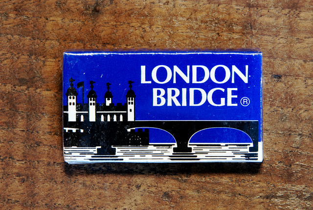 Razor blades: London Bridge