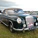 Mercedes Meeting: 1960 Mercedes-Benz 220 SE