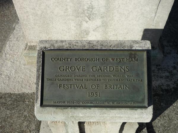 Grove Gardens plaque