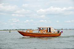 A trip with steam tug Adelaar: The Jan van Gent