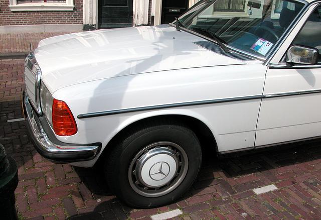 Repaired: 1979 Mercedes-Benz 230 C
