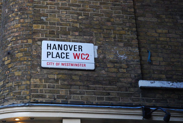 Hanover Place WC2