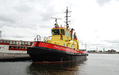 A trip with steam tug Adelaar: Port of Amsterdam 7