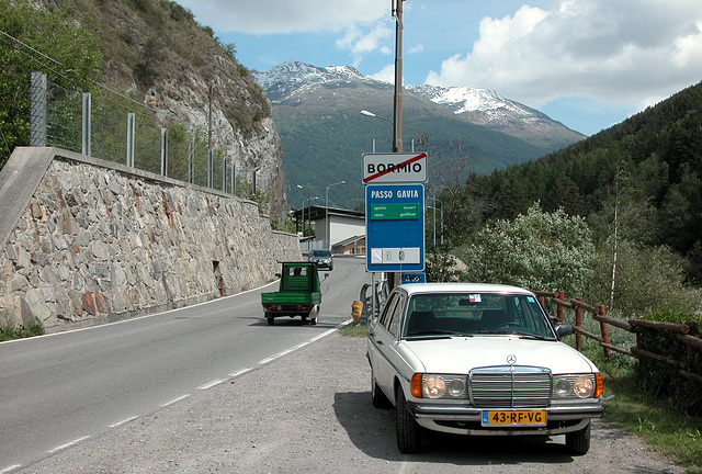 Holiday day 2: Gavia Pass only open for cars with winter tyres and snow chains