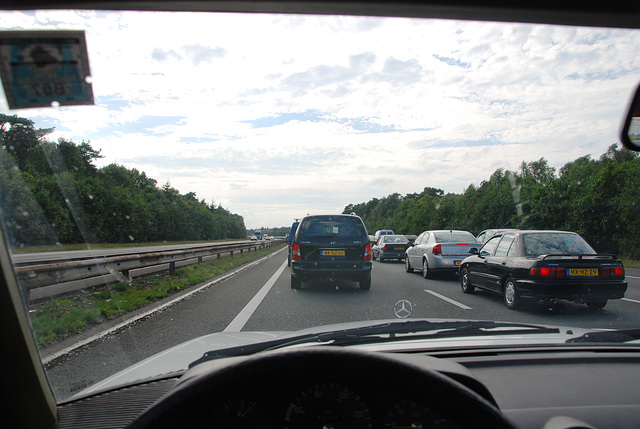 A weekend in the Eifel (Germany): Stuck in traffic on the A12/A50