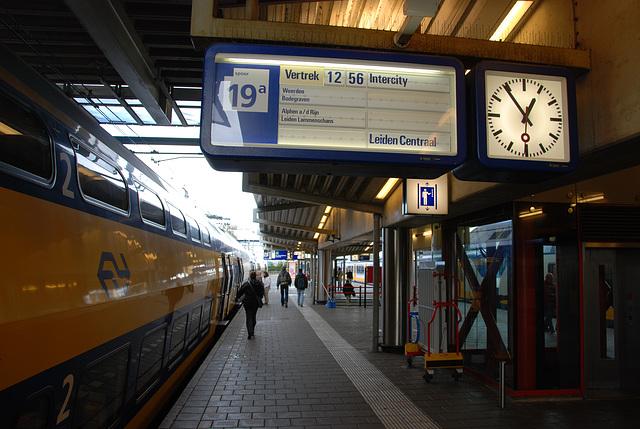 "The ""Intercity"" from Utrecht to Leiden"