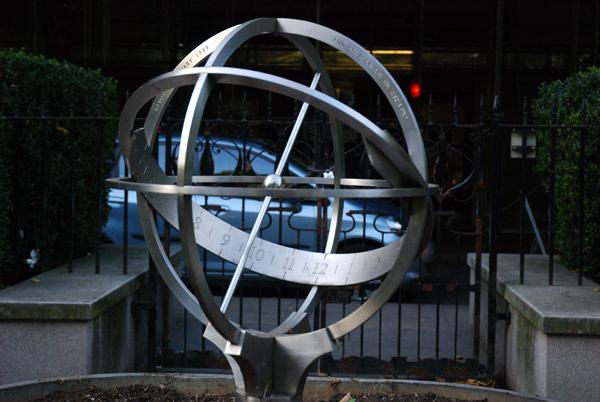 D'oyly Carte sundial
