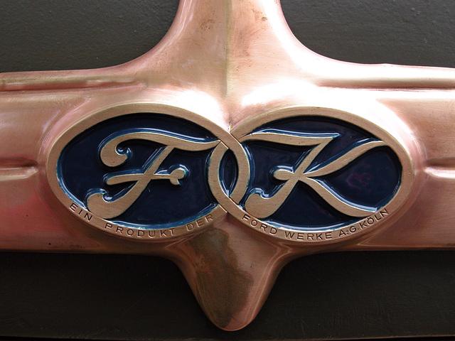 Oldtimer day in Emmen: Ford-Köln logo