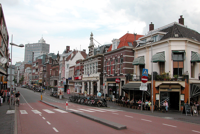 Station Road in Leiden