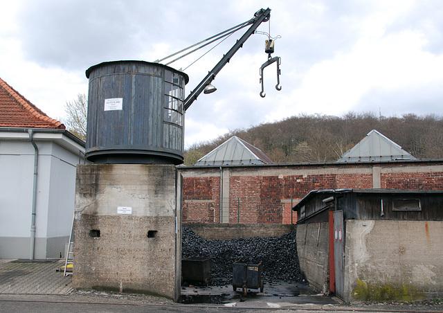 Coal and crane