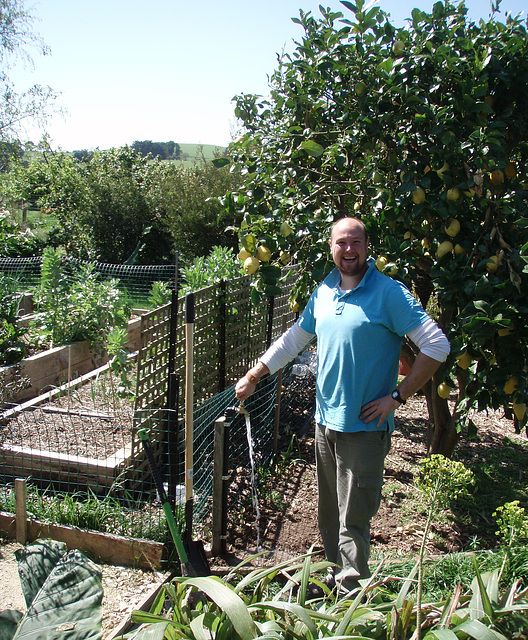 Arend and the new garden tap
