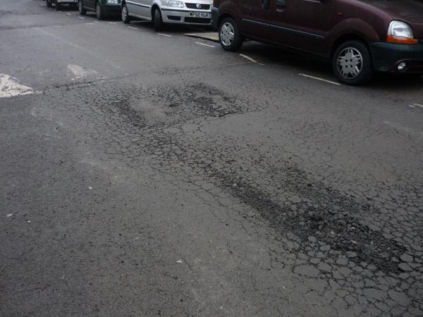 Bickerton Rd pothole