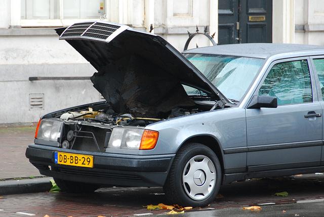 A rare sight: 1987 Mercedes-Benz 300D with an open bonnet
