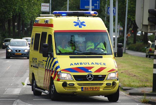 2004 Mercedes-Benz 316 CDI Sprinter Ambulance