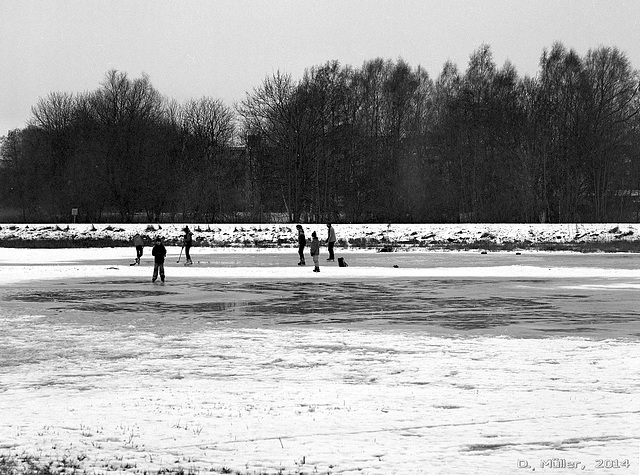 Eishockey / Playing ice hockey