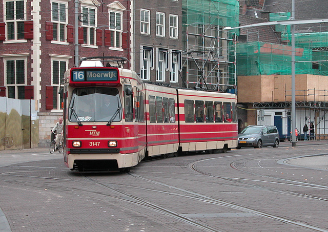 Tram 3147 on line 16 in The Hague