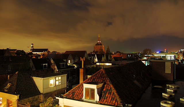 Night view of Leiden