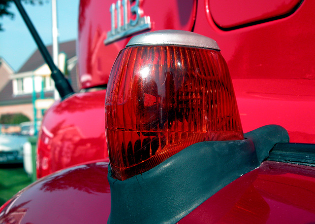 Oldtimer Day Ruinerwold: indicator lamp of a 1975 Mercedes-Benz LAF 1113 truck