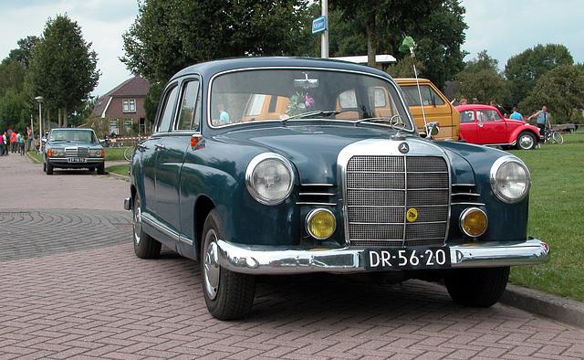 Oldtimer Day Ruinerwold: 1961 Mercedes-Benz 190 D