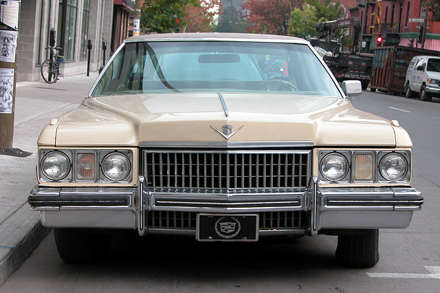 Cars in Montreal: Cadillac