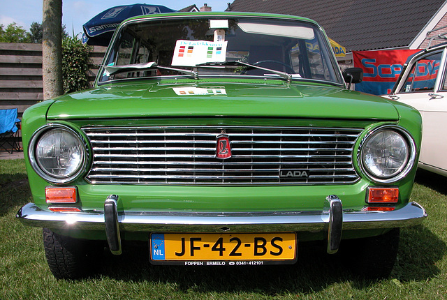 Oldtimer day in Ruinerwold (NL): 1975 Lada 1200