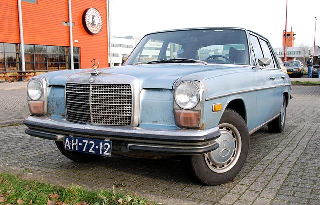 1972 Mercedes-Benz 250/200D