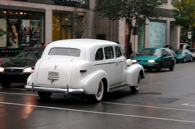 Cars in Montreal: 1940s Cadillac on wedding duty