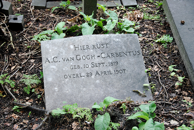 The grave of the mother of Vincent van Gogh