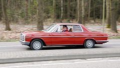 Mercedes meet-and-drive: W114-250C and owner